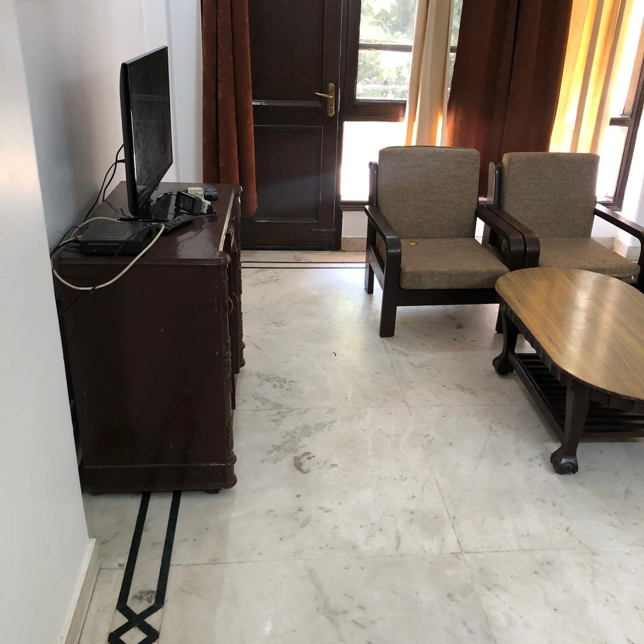 3 BHK + Servant Room  Apartment For Rent in DLF Phase I