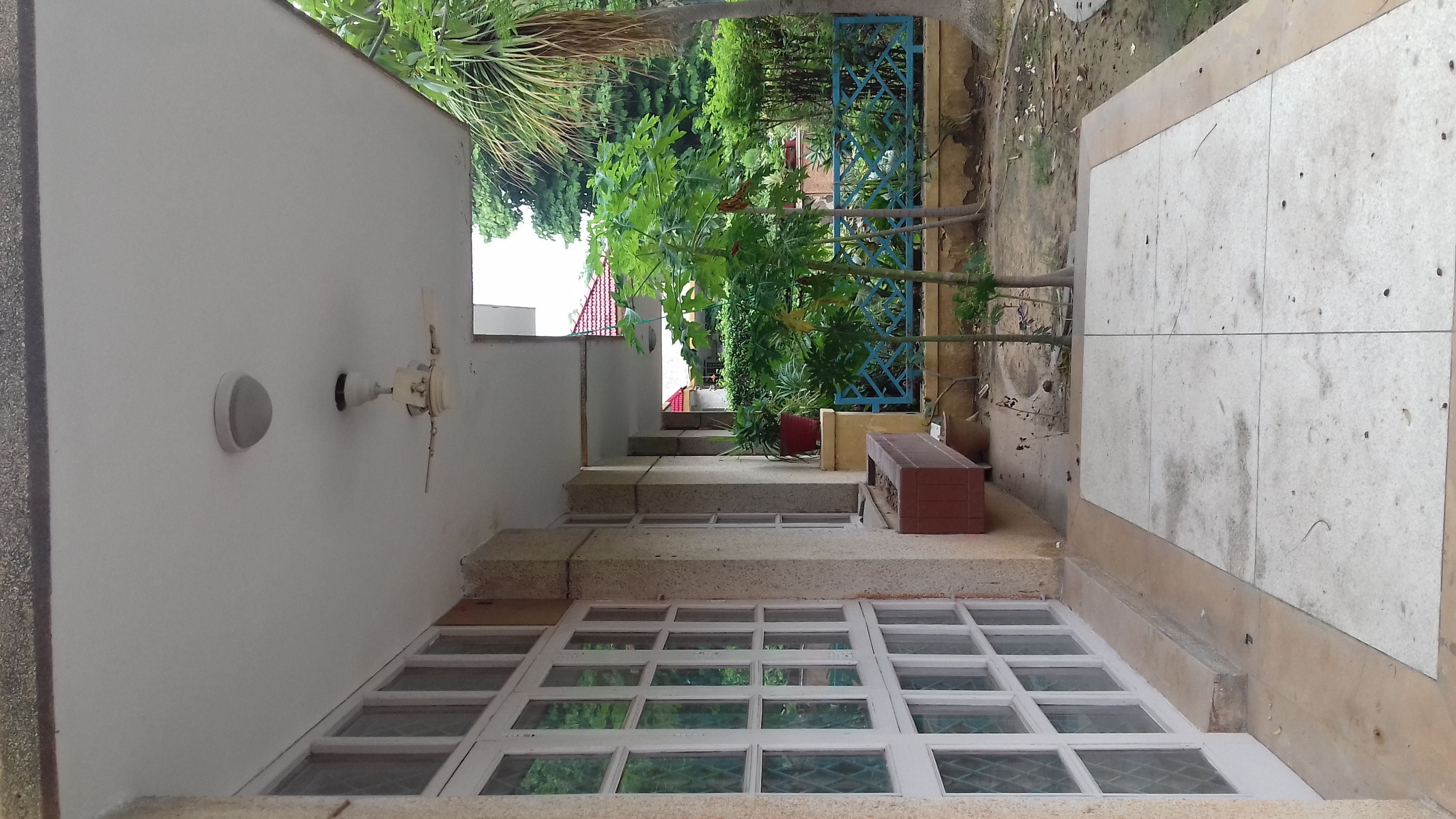 3 BHK + Servant Room  Villa For Rent in Unitech Greenwood City Apartment