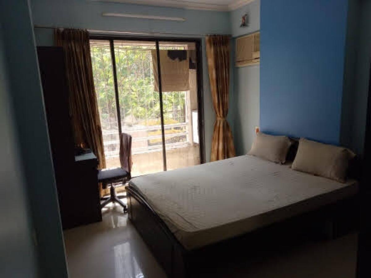 2 BHK 400 Sq.Ft. Apartment in Kolshet Road