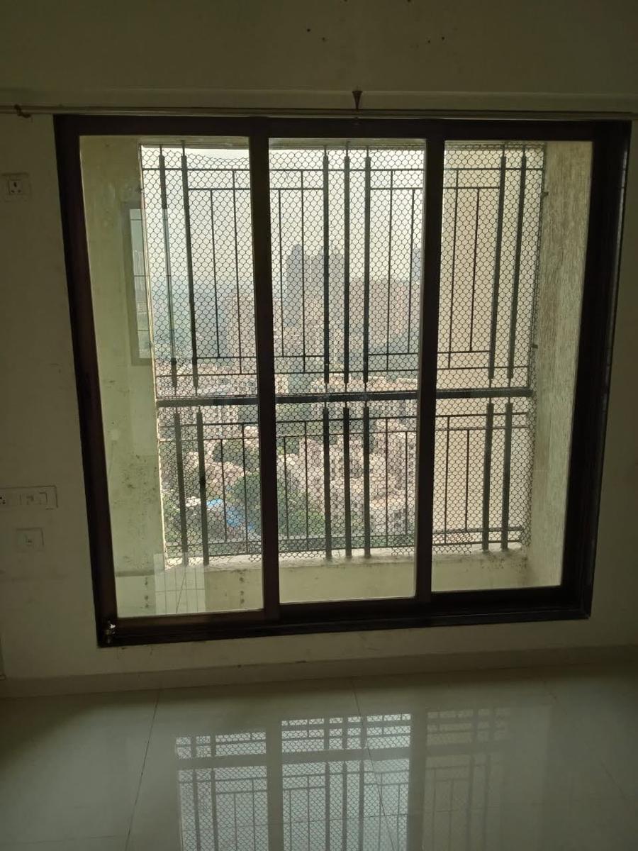 2 BHK 400 Sq.Ft. Apartment in Louis Wadi