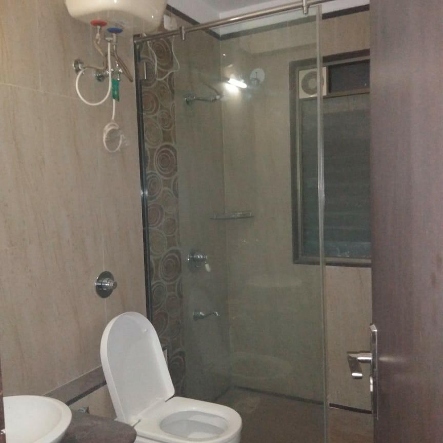bathroom-Picture-sagar-waters-edge-1529121
