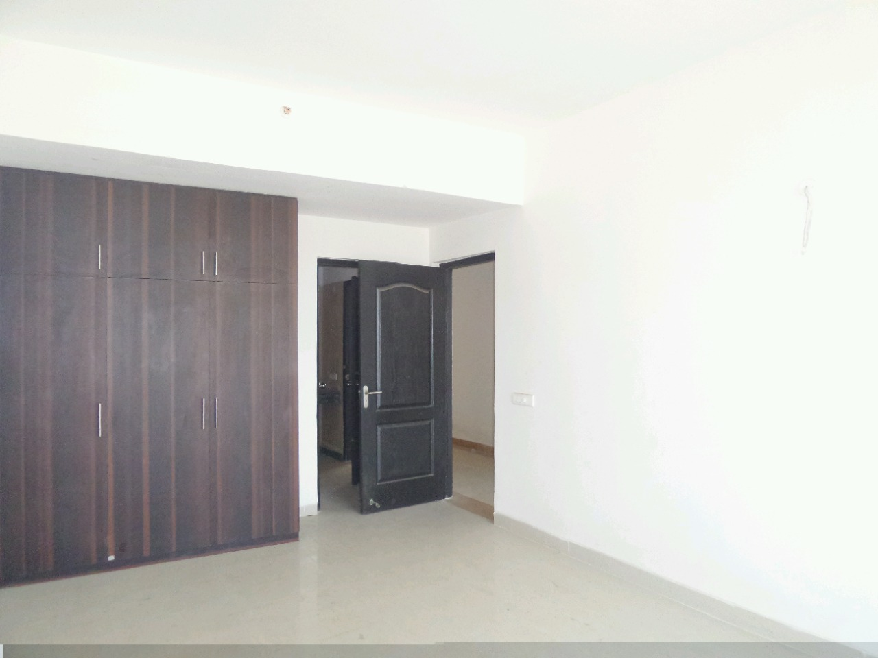 3 BHK 200 Sq.Yd. Builder Floor in New Industrial Township 4
