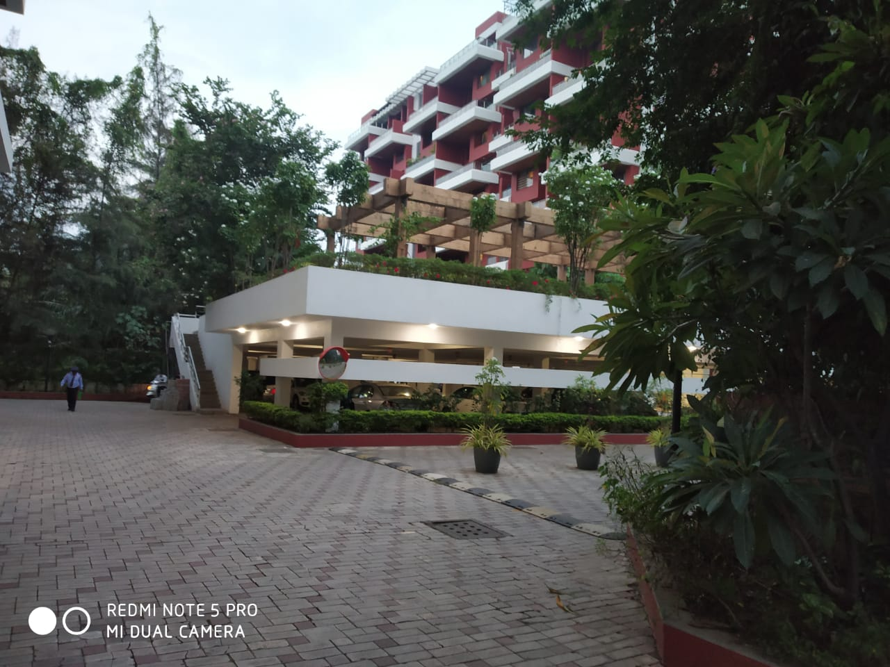 3.5 BHK + Servant Room  Apartment For Sale in Koregaon Park