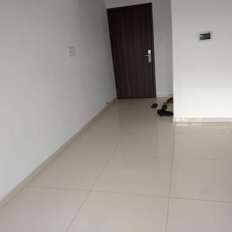 1 BHK + Pooja Room,Servant Room,Study Room  Apartment For Sale in Godavari Puram