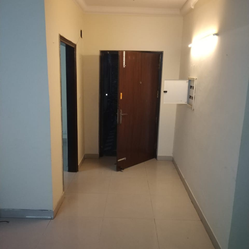 1 BHK  Builder Floor For Rent in Sector 110