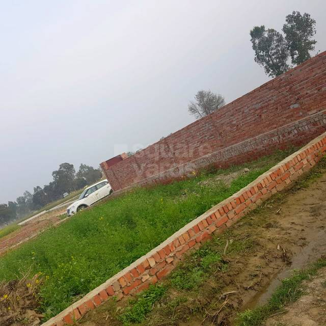 1000 Sq.Ft. Plot in Hindustan Valley