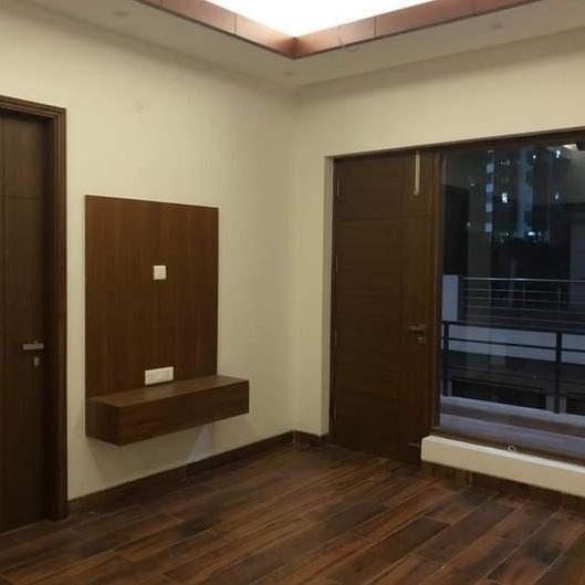 4 BHK + Extra Room 250 Sq.Yd. Builder Floor in Ashok Vihar