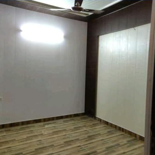 2.5 BHK + Extra Room 102 Sq.Yd. Builder Floor in Shastri Nagar