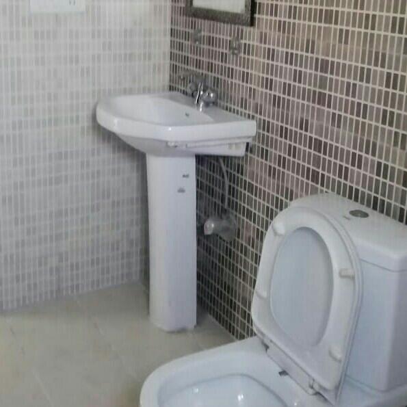 bathroom-Picture-srs-residency-1888386