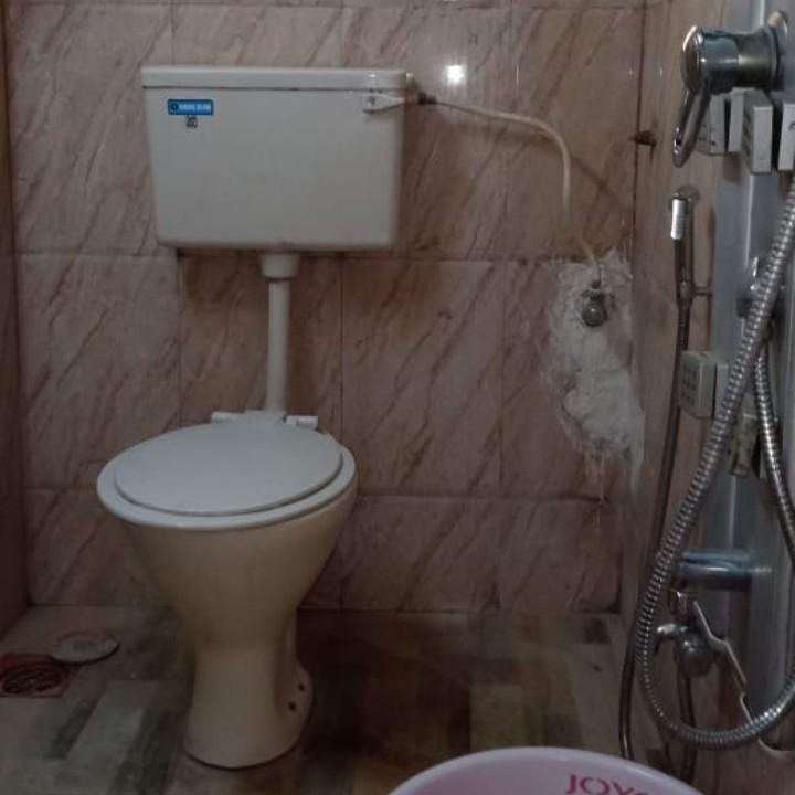 bathroom-Picture-arkade-white-lotus-1956475