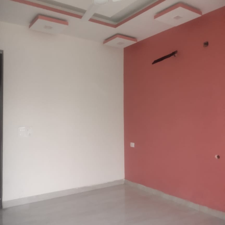 room-Picture-sector-46-1964224