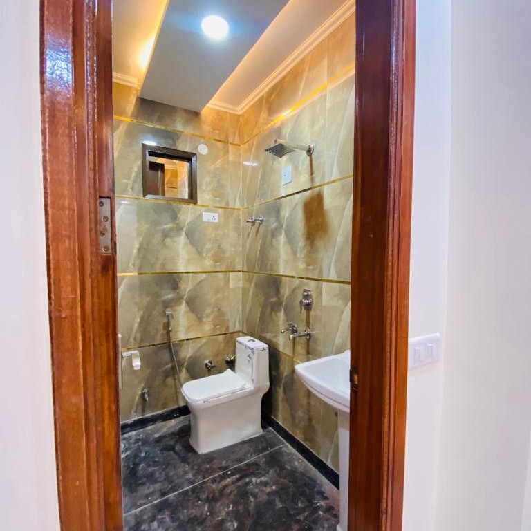 bathroom-Picture-palam-extension-1983479