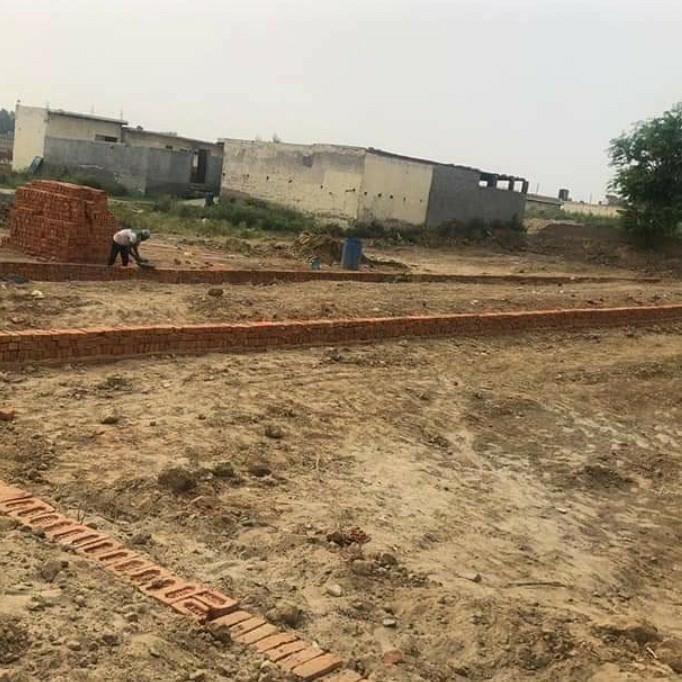 450 Sq.Yd. Plot in Dadri Main Road