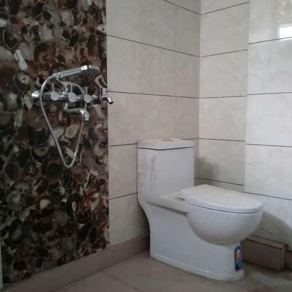 bathroom-Picture-heritage-ozone-square-2008146