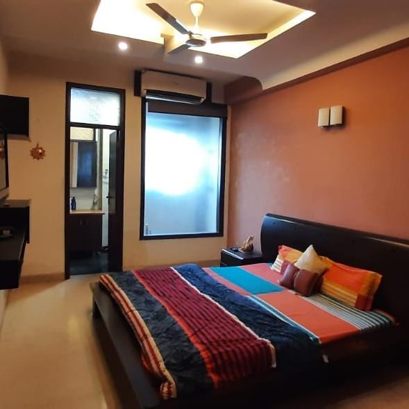 4 BHK + Servant Room  Apartment For Rent in Ansal Plaza Gurgaon