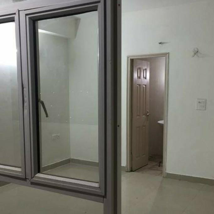 3.5 BHK + Servant Room 2190 Sq.Ft. Apartment in Gulshan Vivante