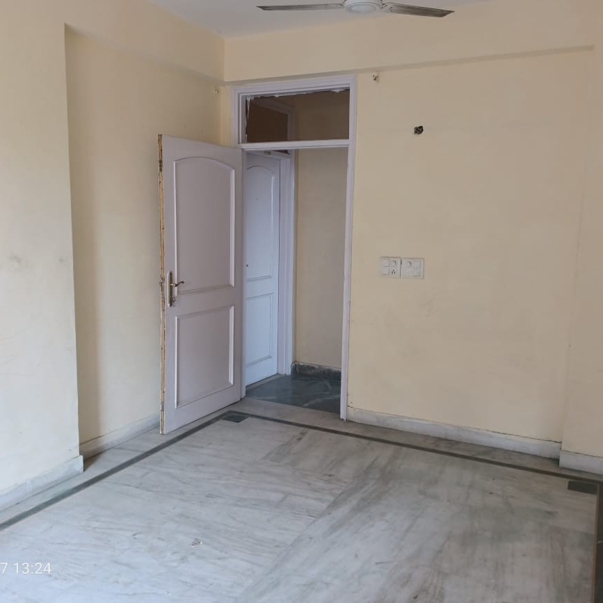 Property-Cover-Picture-sant-sunder-dass-cghs-2033276