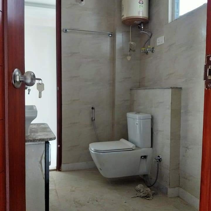 bathroom-Picture-south-city-1-2054301