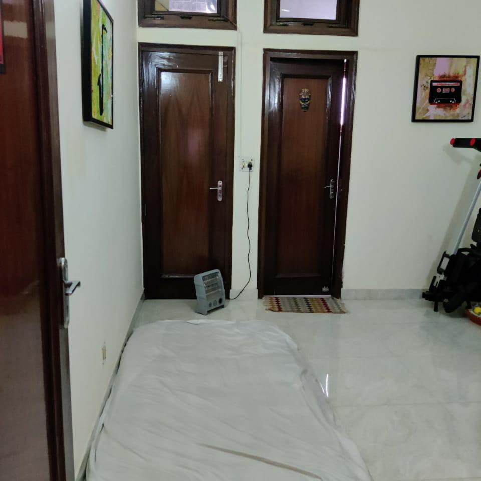 1.5 BHK 1250 Sq.Ft. Builder Floor in Omaxe Green Valley