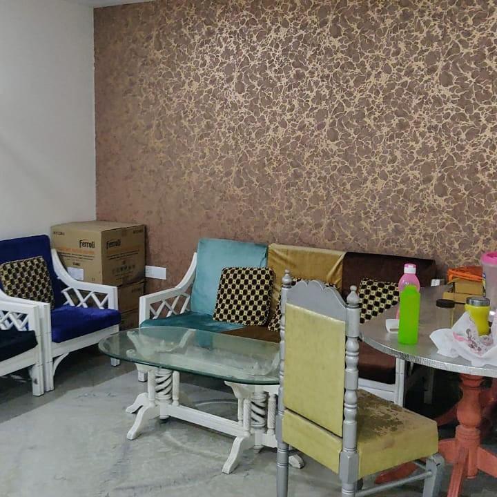 2.5 BHK + Pooja Room 1700 Sq.Ft. Builder Floor in Omaxe Green Valley