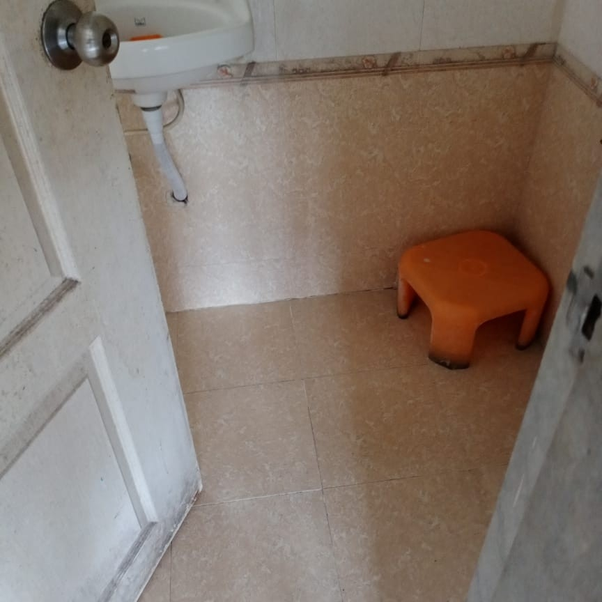 bathroom-Picture-thane-east-2155997
