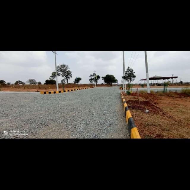 187 Sq.Yd. Plot in Abdullahpurmet