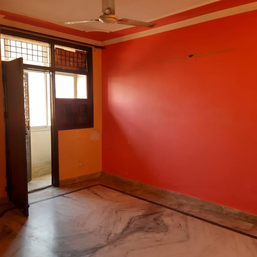 3 BHK + Servant Room  Apartment For Sale in Raman Vihar Apartment