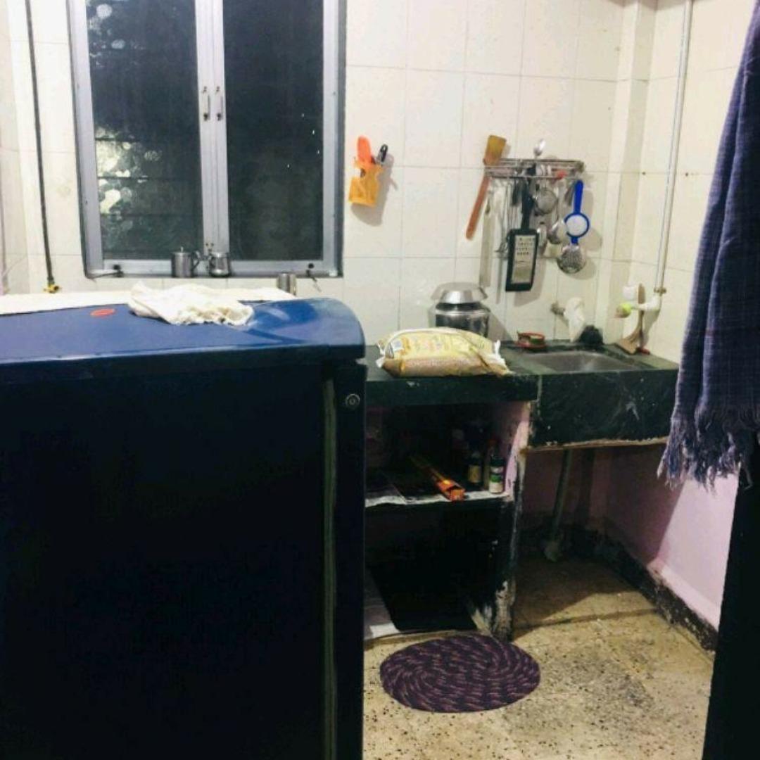 kitchen-Picture-om-gagangiri-chs-2208634