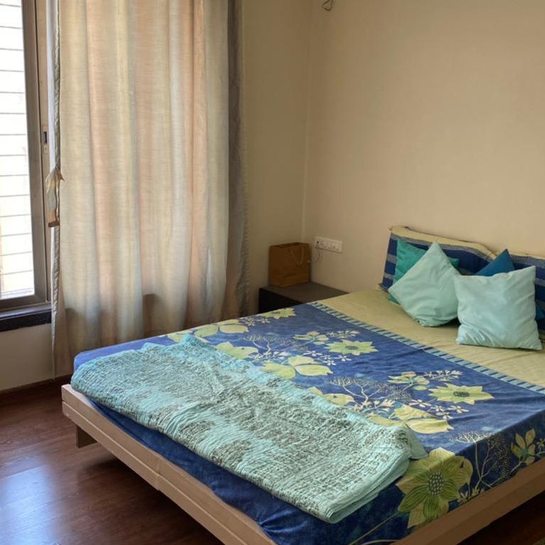 bedroom-Picture-sagar-waters-edge-2220135