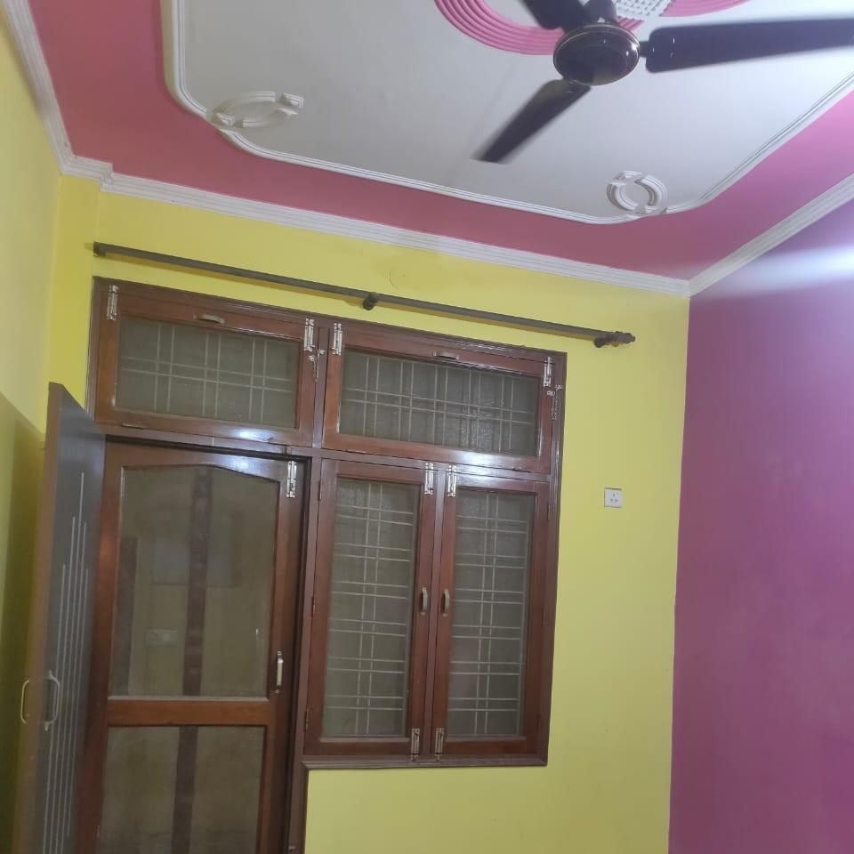 3 BHK + Pooja Room  Builder Floor For Rent in Laxman Vihar