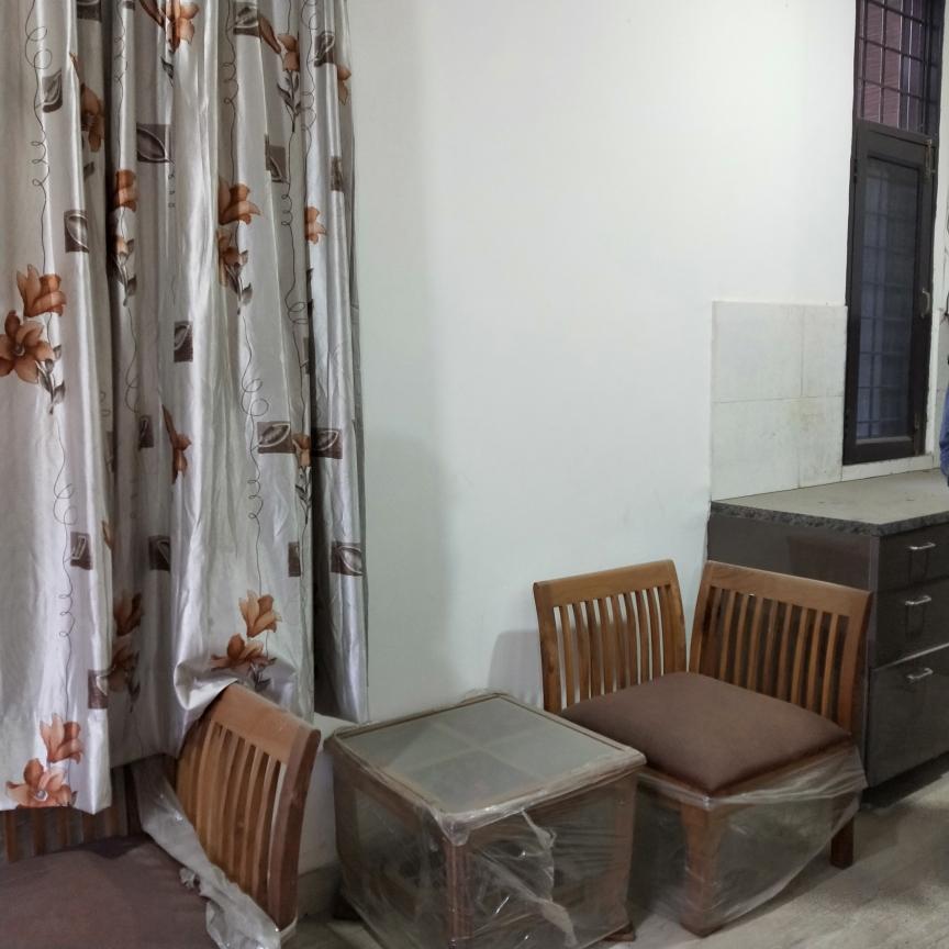 2 BHK  Builder Floor For Rent in Saraswati Vihar