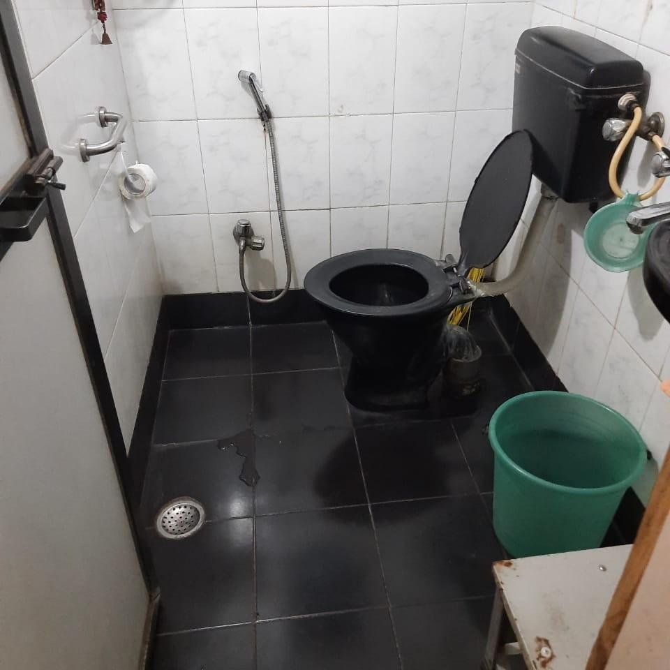 bathroom-Picture-vashi-2244070