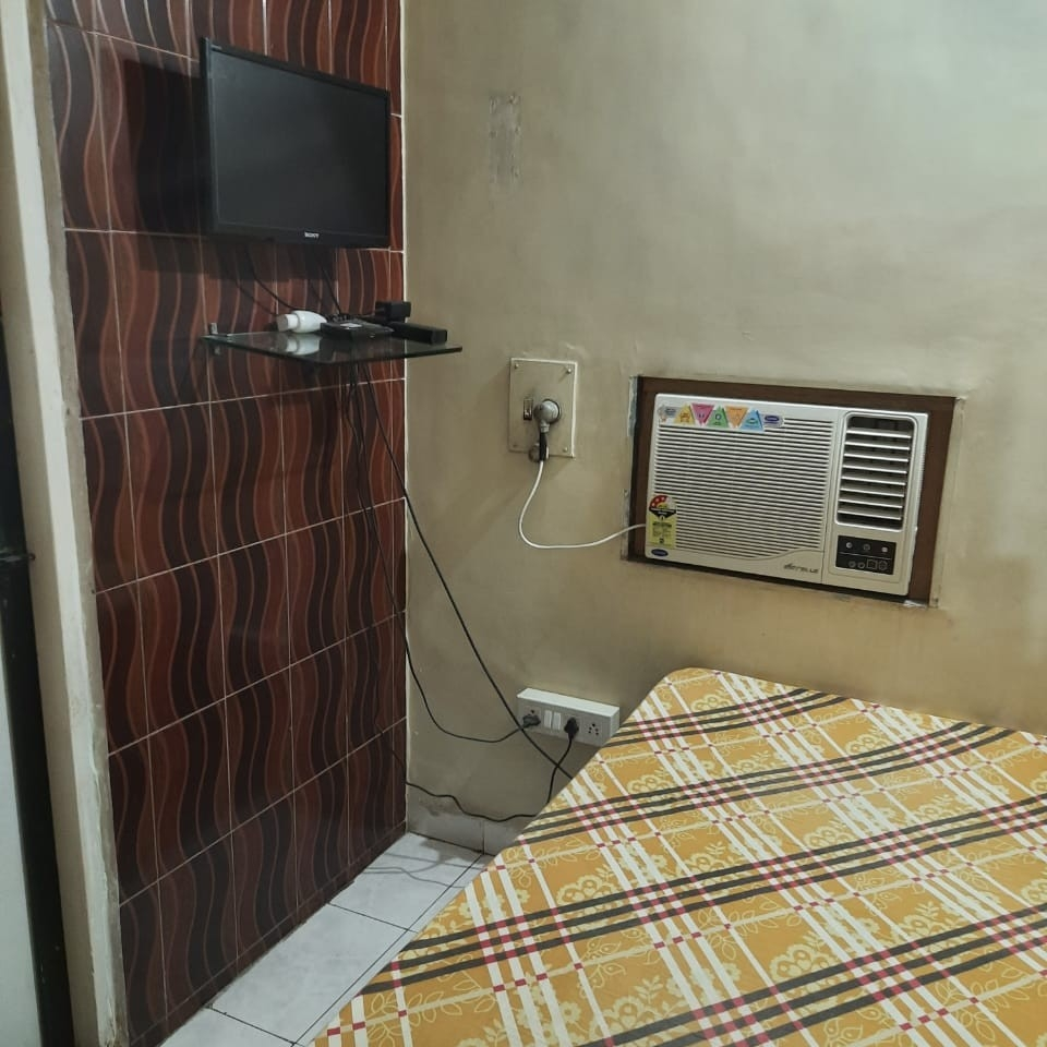 bedroom-Picture-vashi-2244070