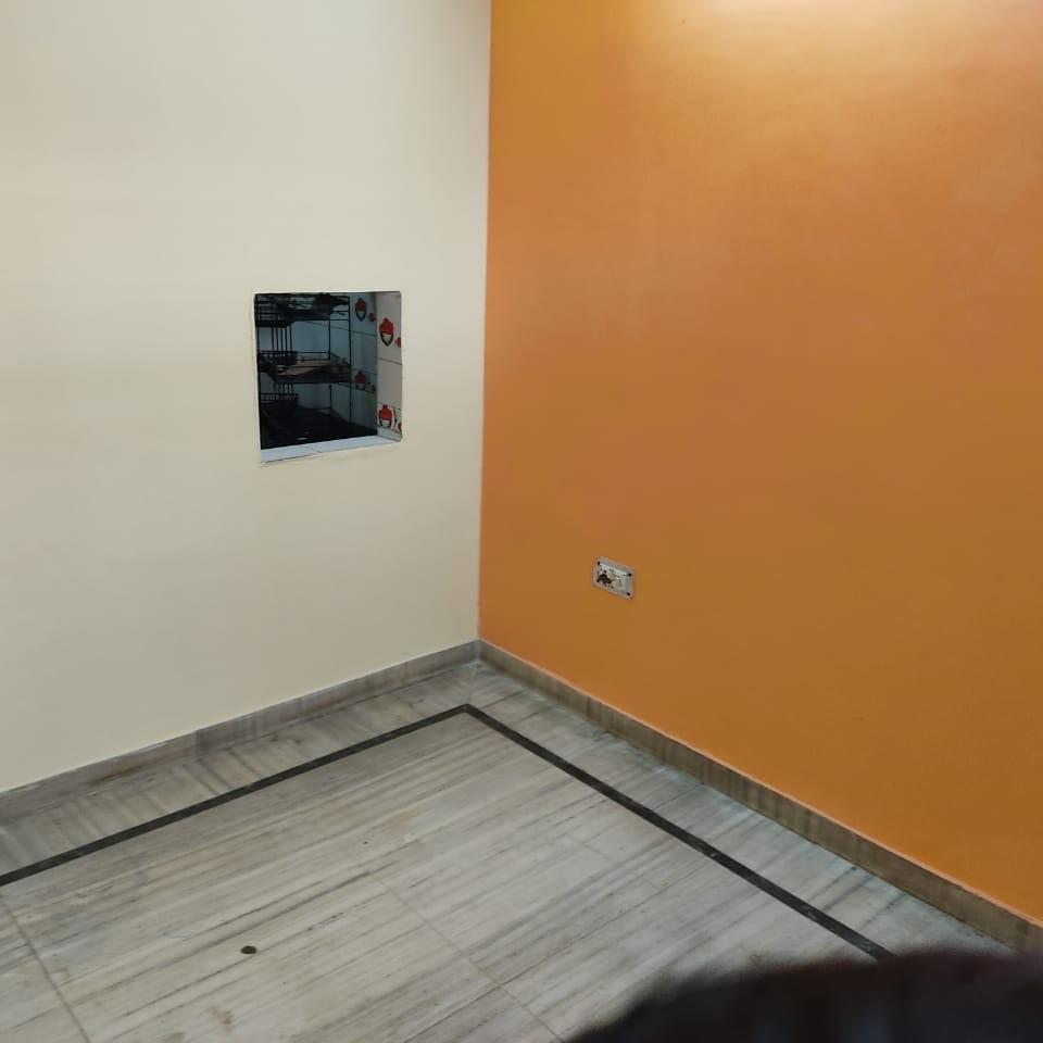 2 BHK + Pooja Room 1450 Sq.Ft. Builder Floor in Sector 7