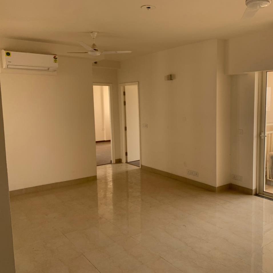 3 BHK + Servant Room,Study Room,Extra Room  Builder Floor For Rent in Sector 102