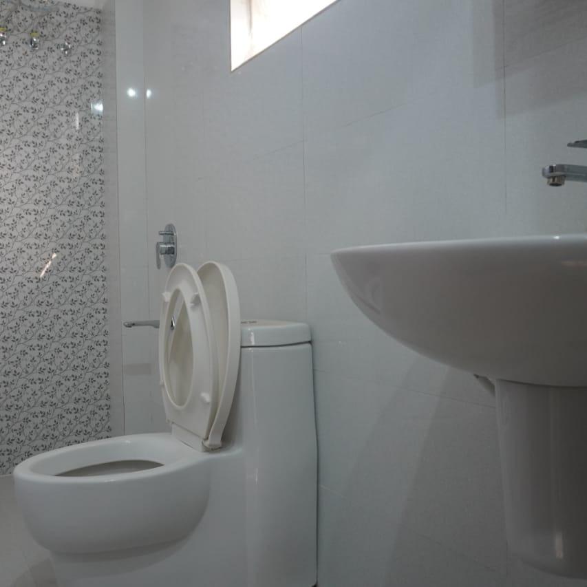 bathroom-Picture-kondapur-2341553