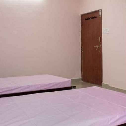 2 BHK + Pooja Room 1000 Sq.Ft. Apartment in Vijaya Lakshmi Residency