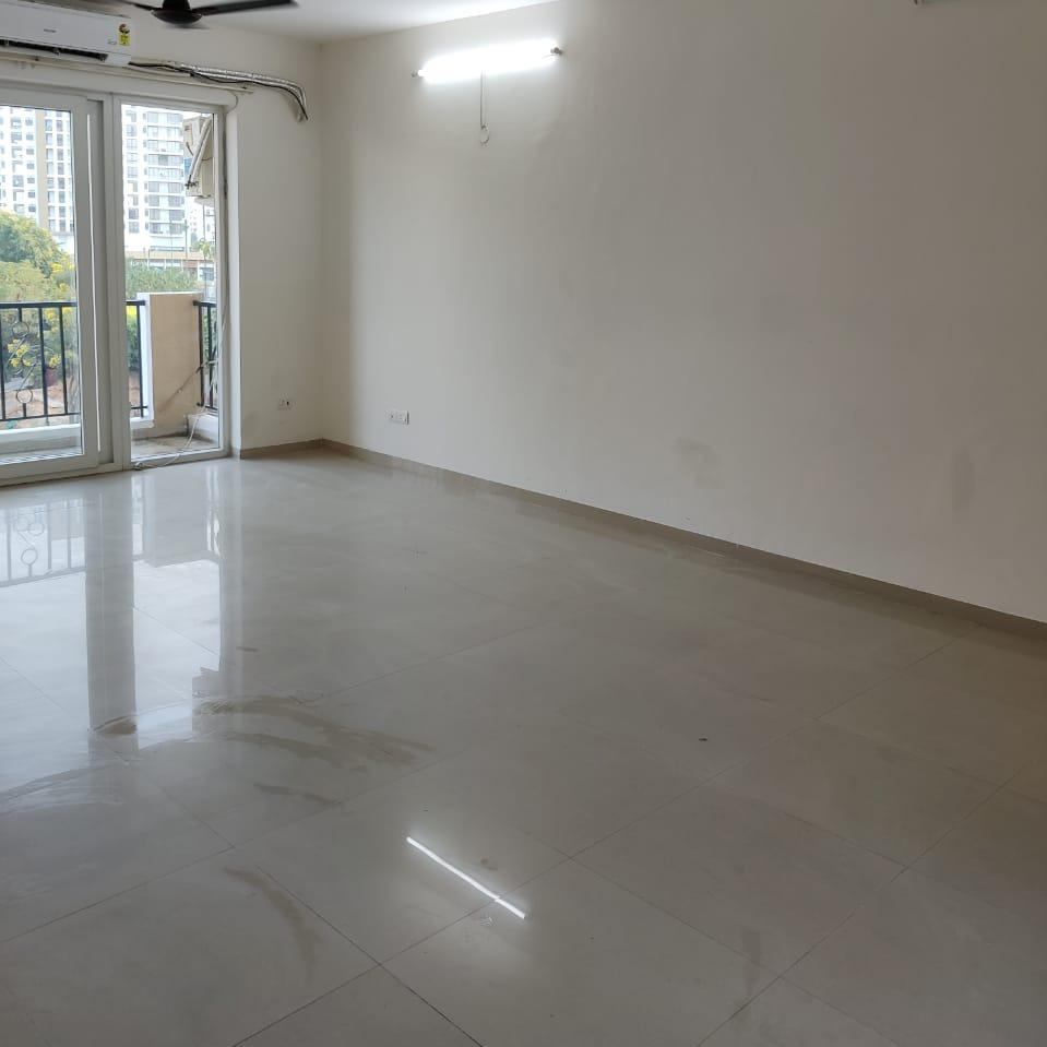 3 BHK 1600 Sq.Ft. Apartment in Emaar MGF Emerald Hills