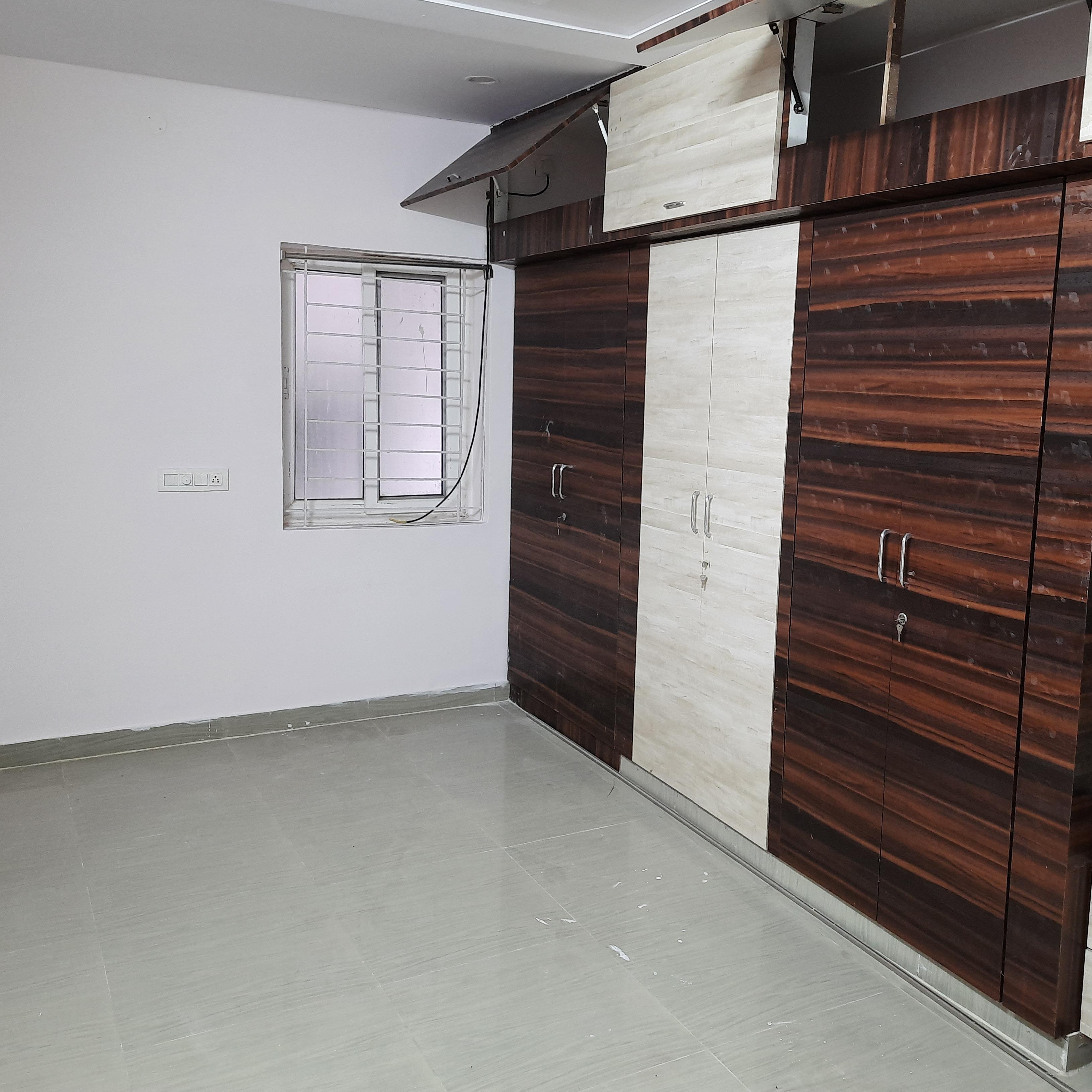 Property-Cover-Picture-serilingampally-2372432