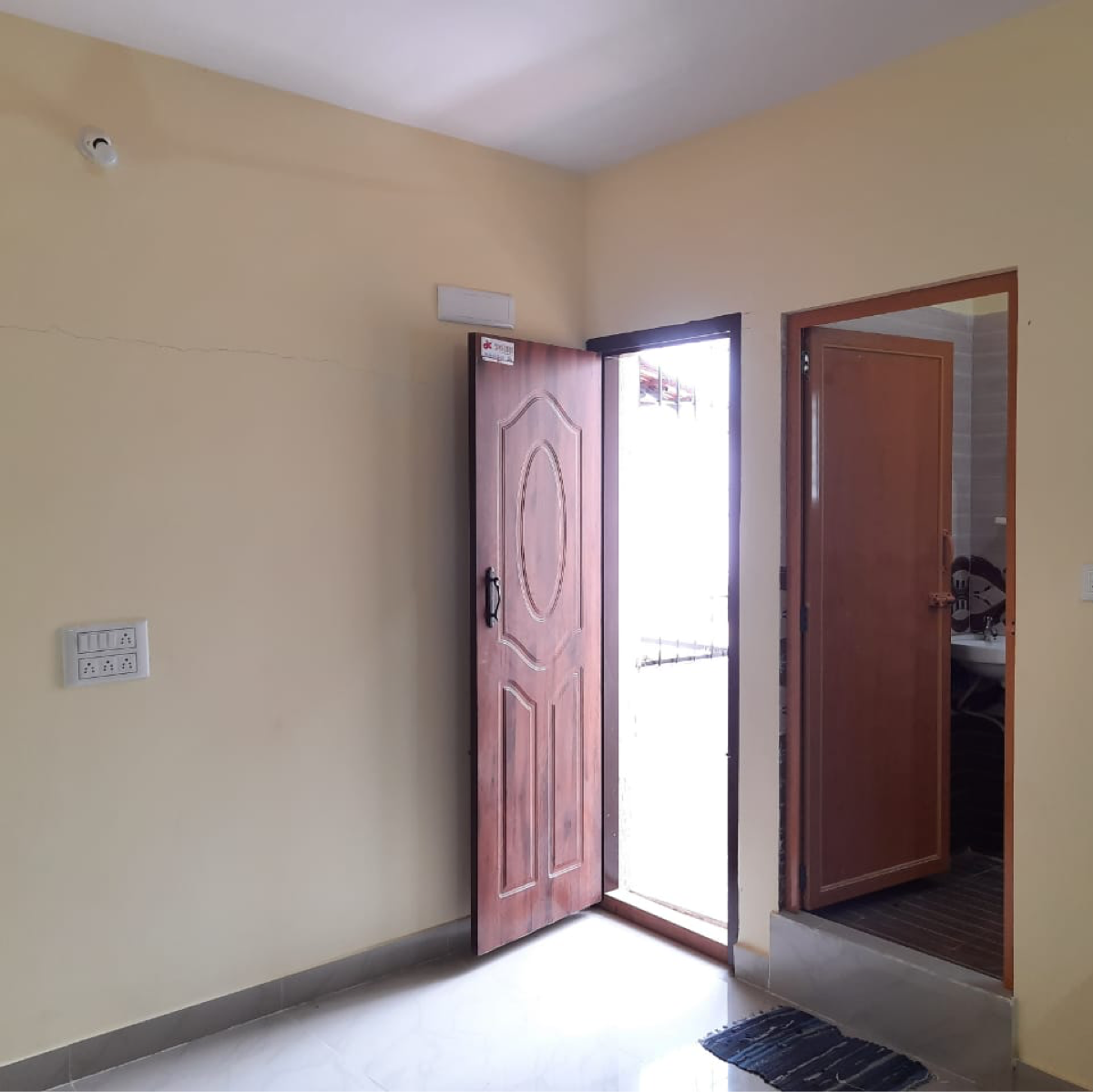 Property-Cover-Picture-domlur-2377280