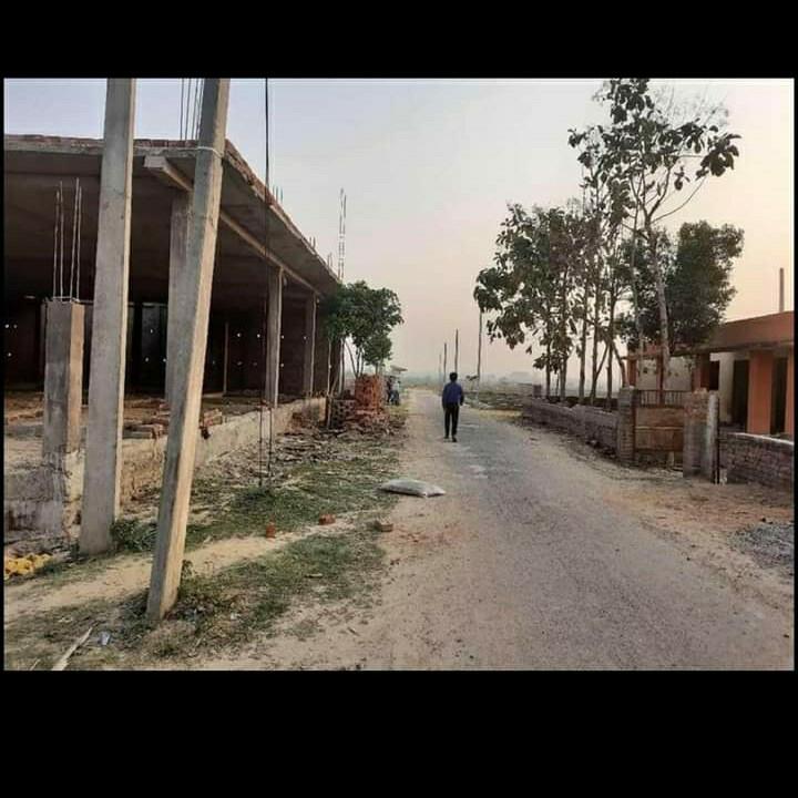 1000 Sq.Ft. Plot in Gomati Nagar