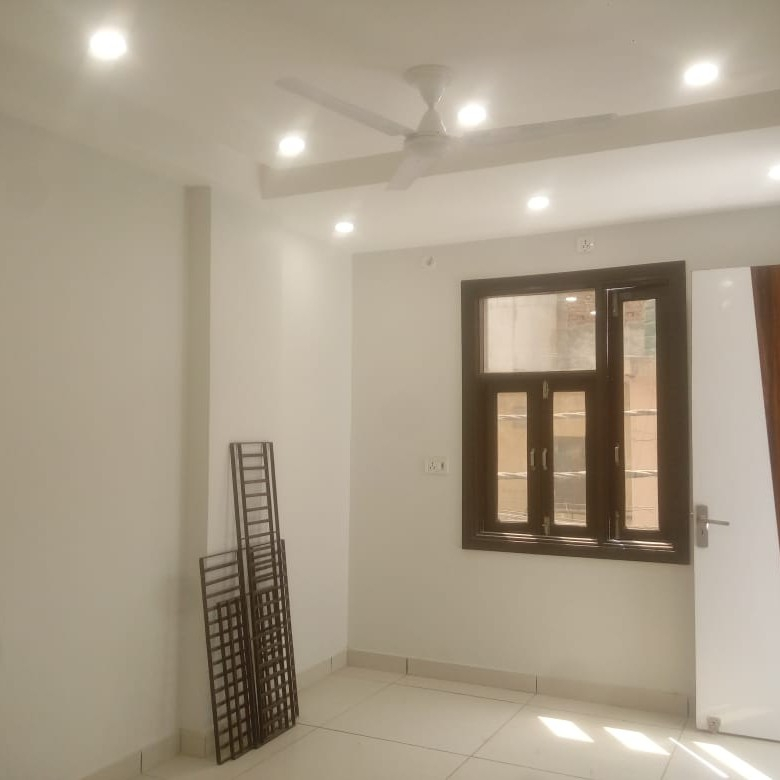 room-Picture-palam-extension-2387501