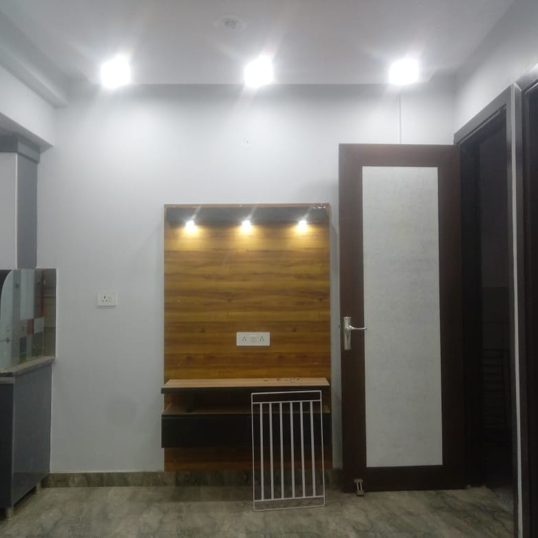 bedroom-Picture-palam-extension-2387501