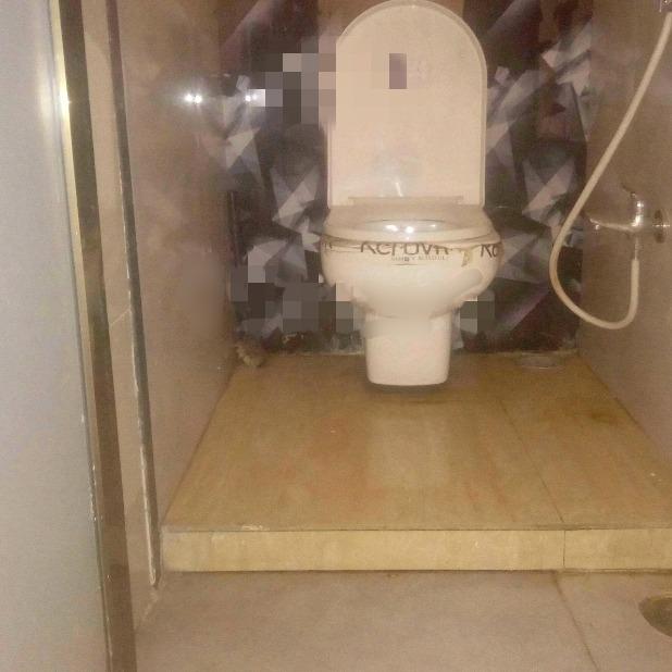 bathroom-Picture-kamothe-2463643