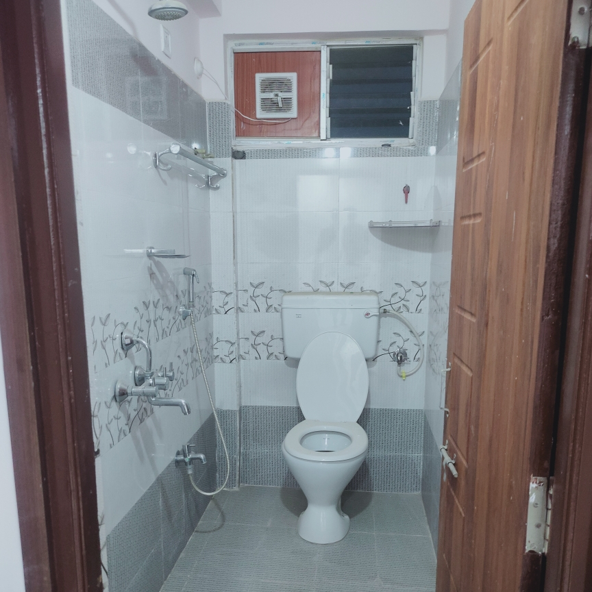 Property-Cover-Picture-north-east-residency-madhapur-2473364