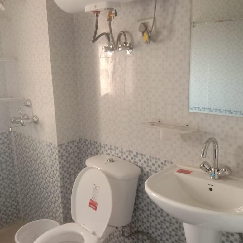 bathroom-Picture-nirala-aspire-2484072