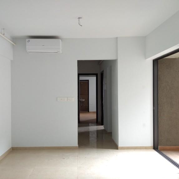 1.5 BHK + Pooja Room 689 Sq.Ft. Apartment in Lodha Lakeshore Greens