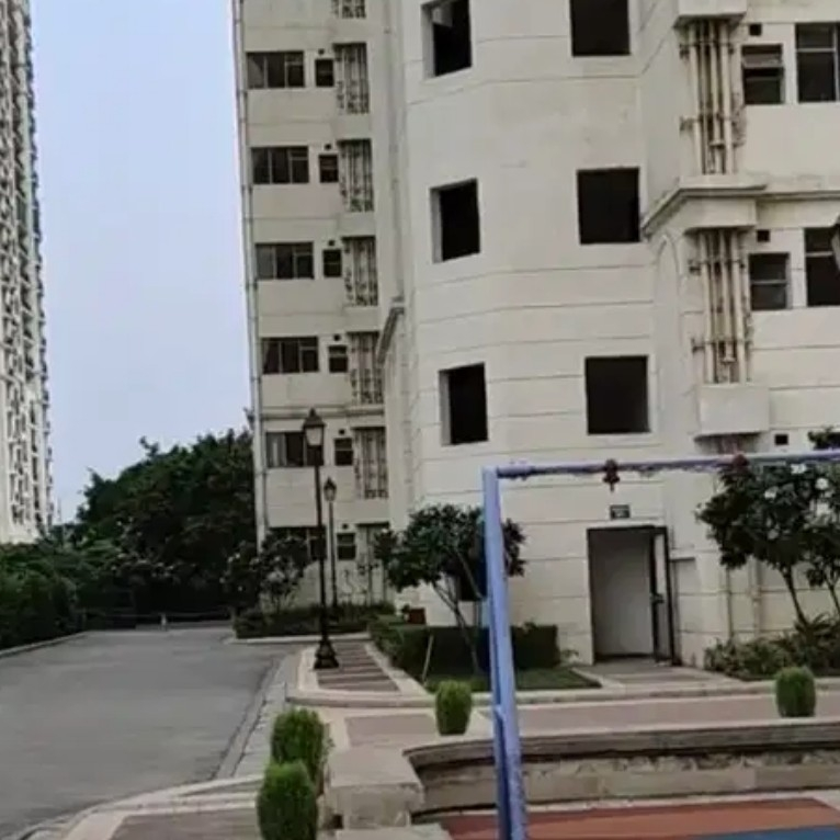 Property-Cover-Picture-jaypee-greens-aman-iii-2517131