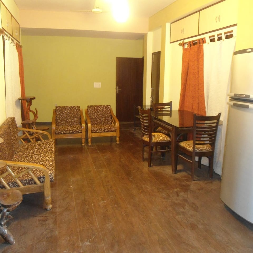 Property-Cover-Picture-chitrakoot-apartments-2578495