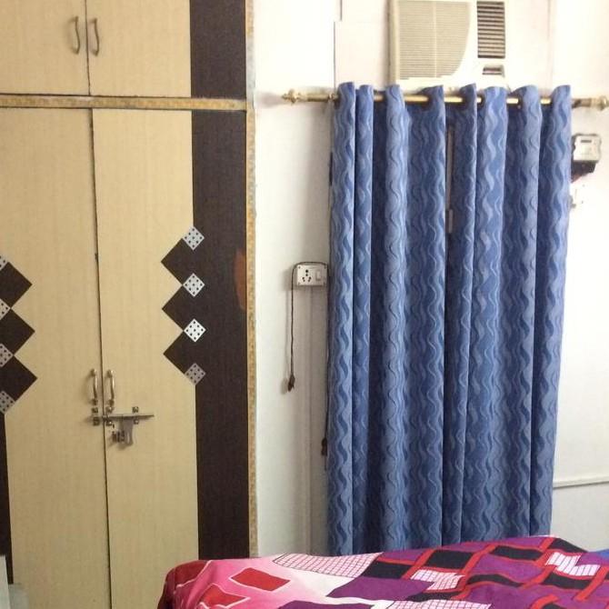 bedroom-Picture-rainbow-apartments-2589424